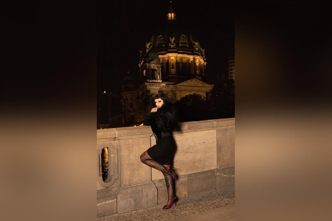 8. Bild von Lady Vampira