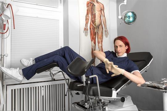 Profilbild von Dr. Layfayette