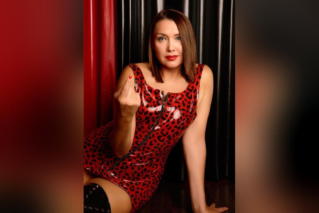 Profilbild von Mistress Ornella