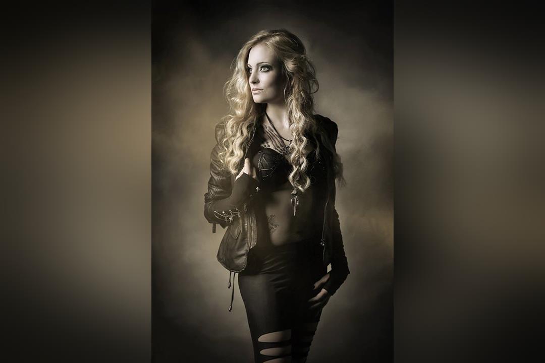 4. Bild von Miss Bathory
