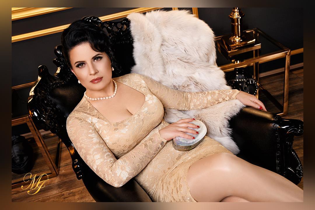 Profilbild von Madame Irina