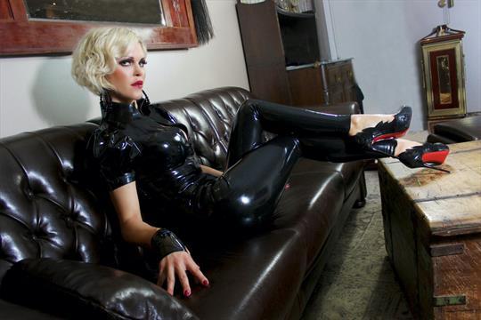 Profilbild von Baroness Davina Dust