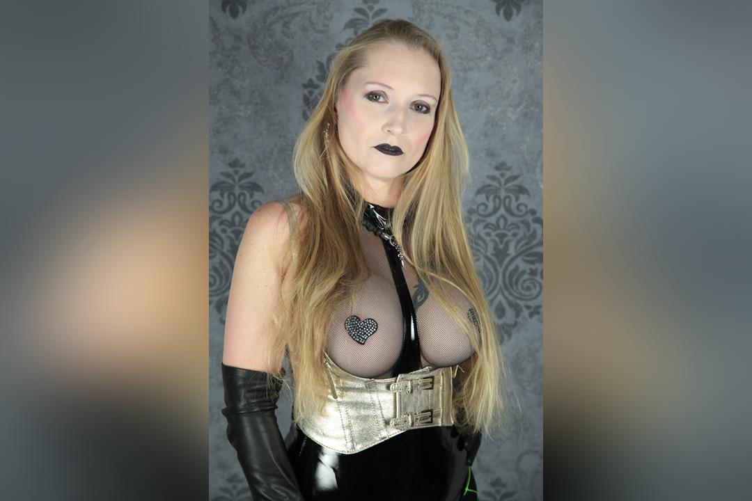 Profilbild von Lady Nightfrozen