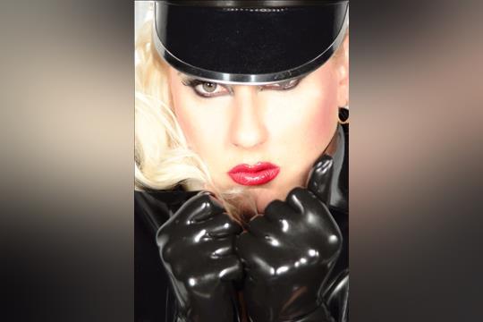 Profilbild von Alpha Lady Jessica