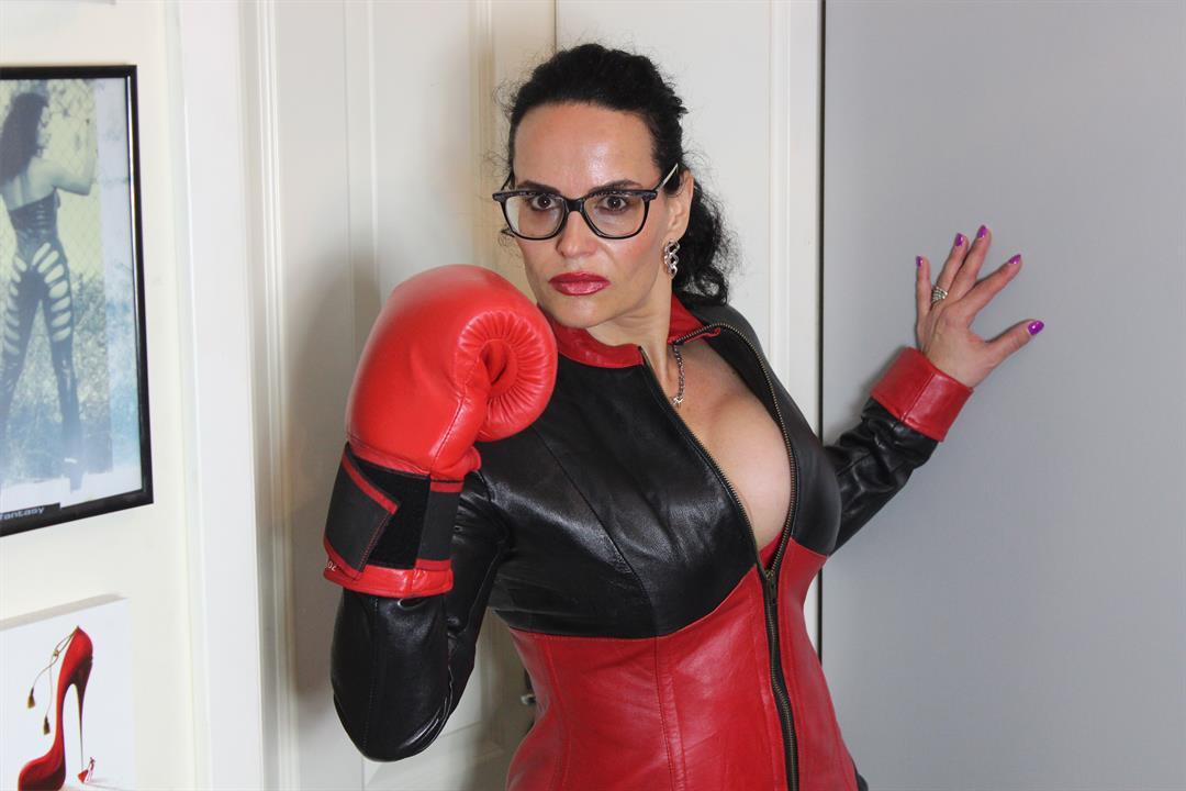 Profilbild von Lady Alina Sommer