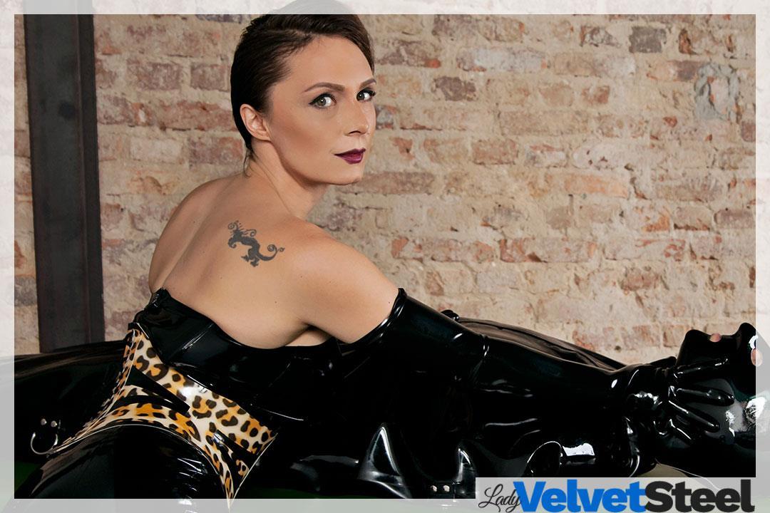 1. Bild von Lady Velvet Steel