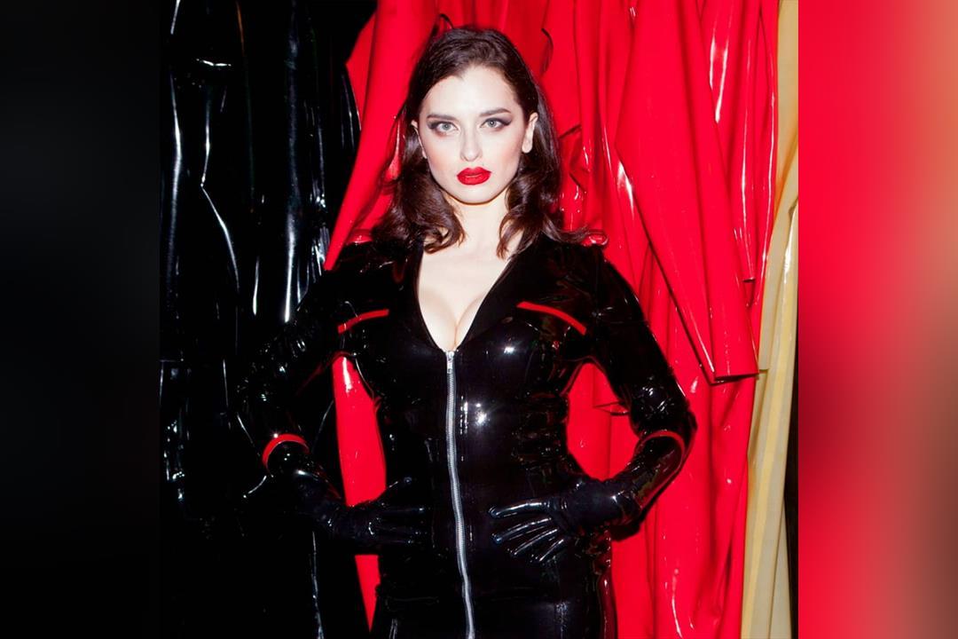Profilbild von Mistress Bella Lugosi
