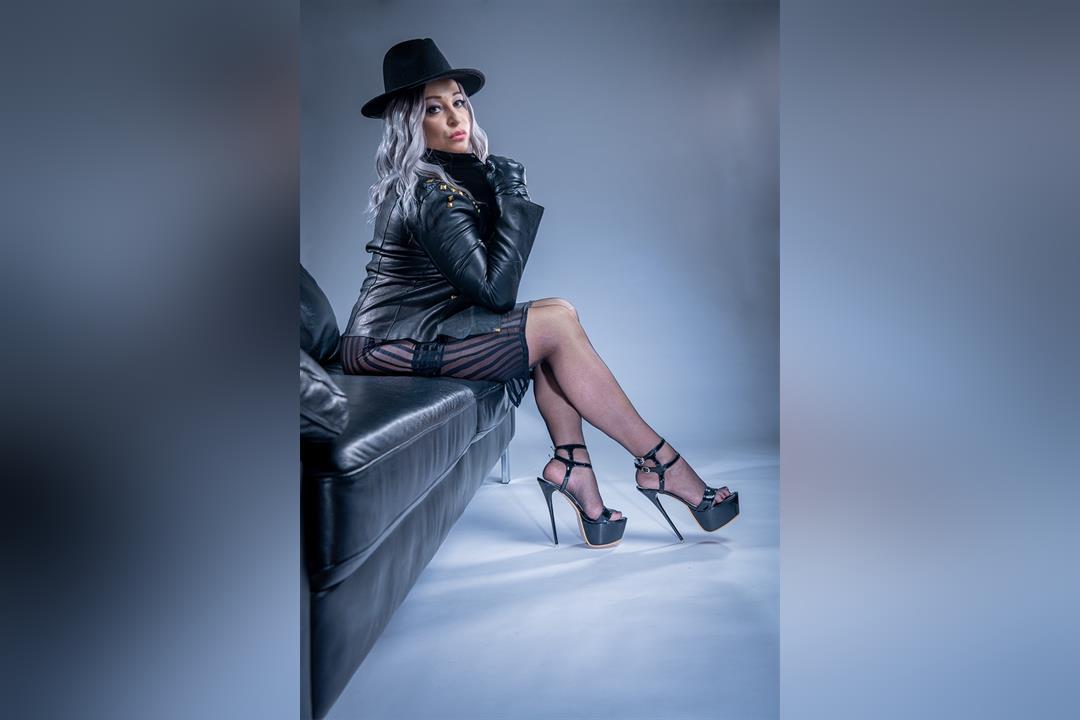1. Bild von Lady Oksana