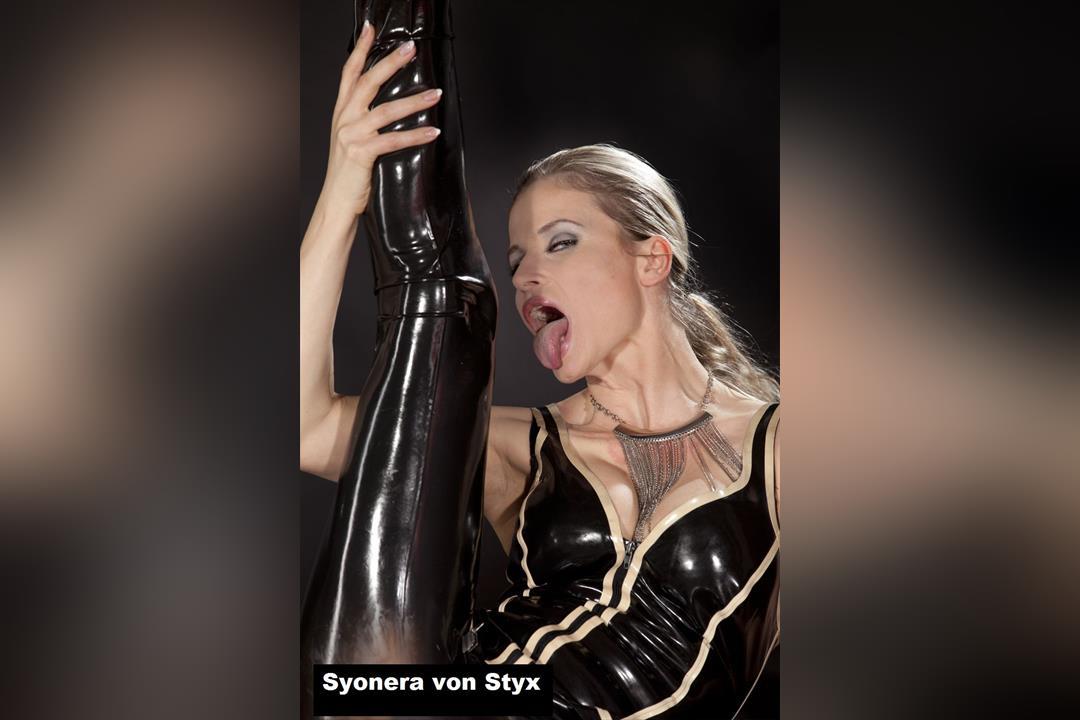 7. Bild von Syonera von Styx
