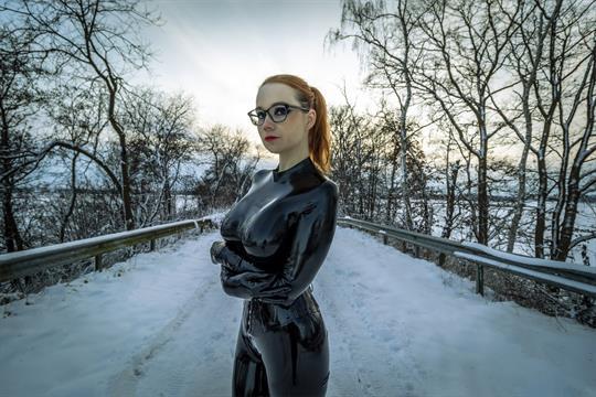 Profilbild von Yazzabel de Warth