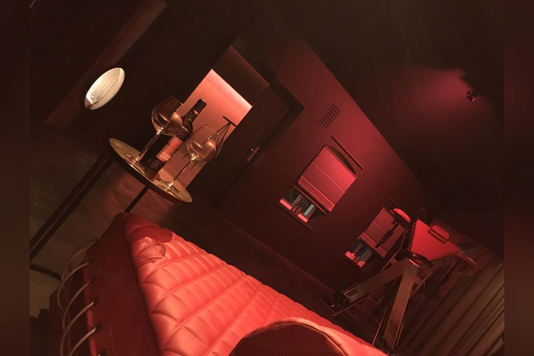 1. Bild von Carat Furniture XXX